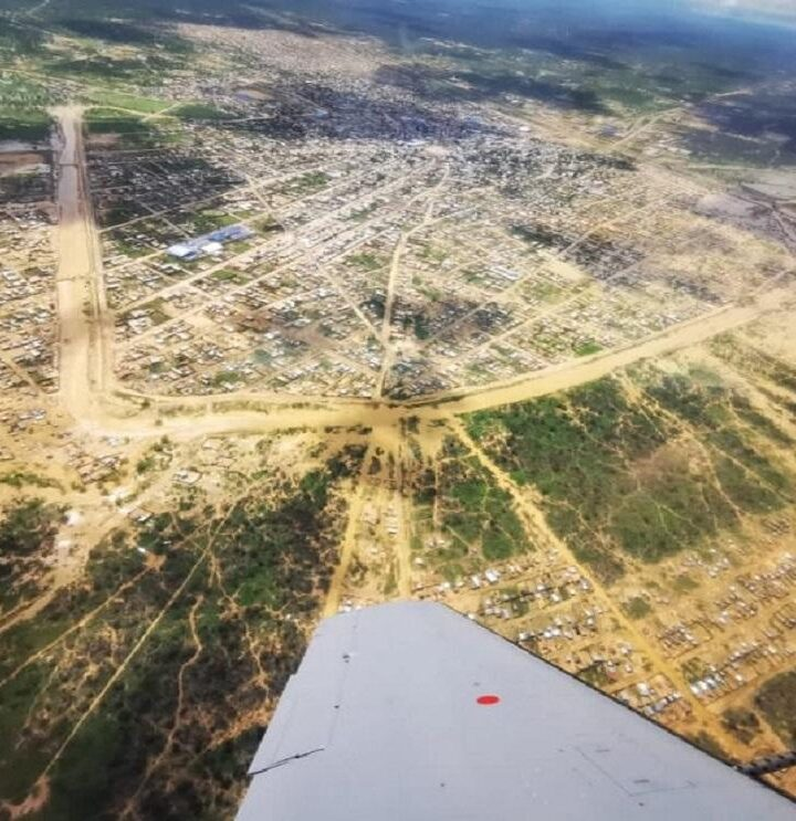 Fuerza Aérea Colombiana apoya labores de monitoreo por inundaciones en Uribia, La Guajira