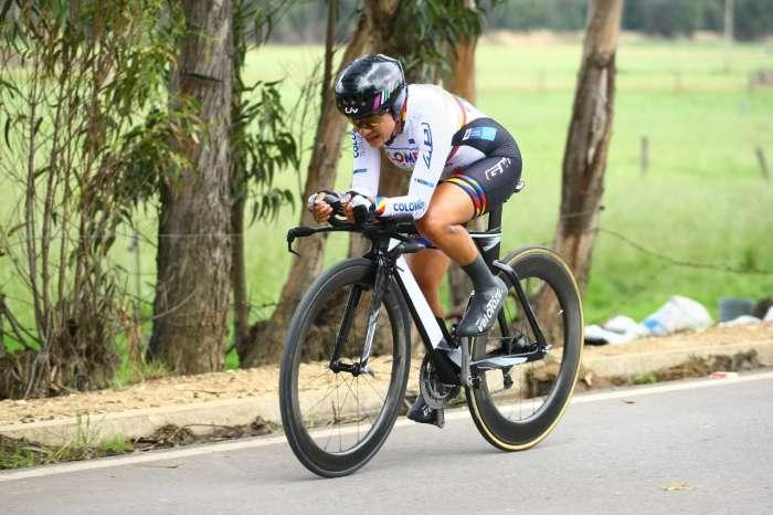 Ana Cristina Sanabria se mete en la disputa por la clasificación general de la Vuelta a Colombia Femenina