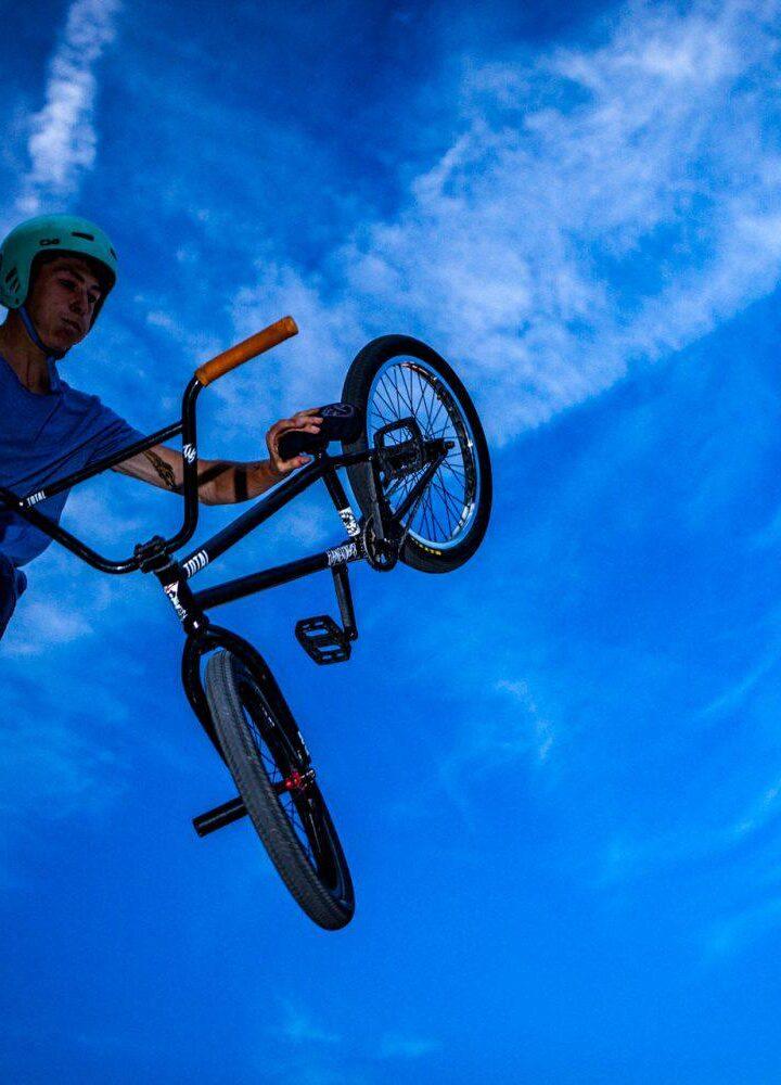 Mindeporte beneficiará a 357 jóvenes ciclistas, a través de la estrategia de Colombia en Bici