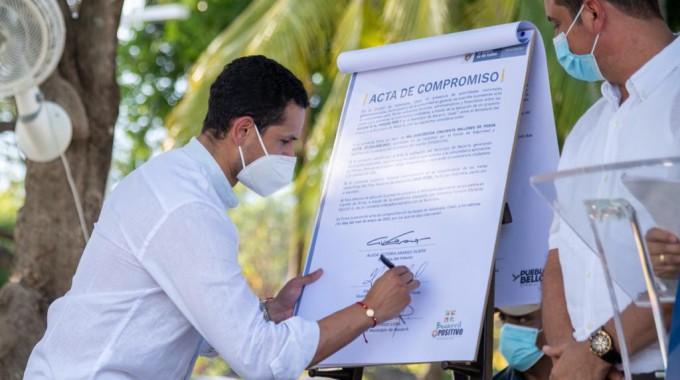MinInterior entregó 200 motocicletas para la seguridad del Cesar