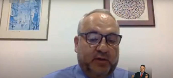 """""""La vacunación es la única forma de volver a la realidad"""": Juan Yunis"""