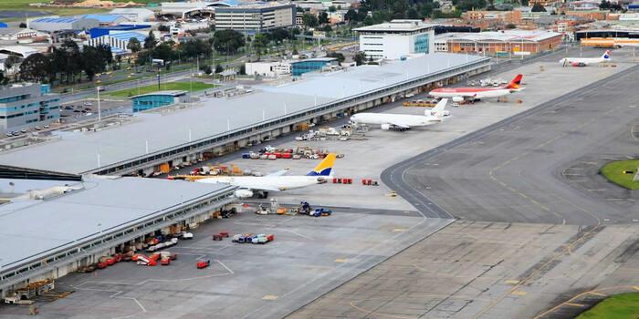 10 millones de pasajeros movilizados y 439.000 toneladas de carga transportada, positivo balance de la reactivación del sector aéreo