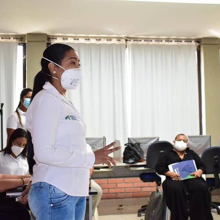 En Barrancas, se socializa plan de vacunación docente