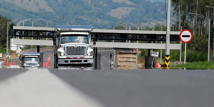Ministerio de Transporte rechaza toda afectación que se presenta en las vías en contra de la infraestructura vial y los transportadores que abastecen el país