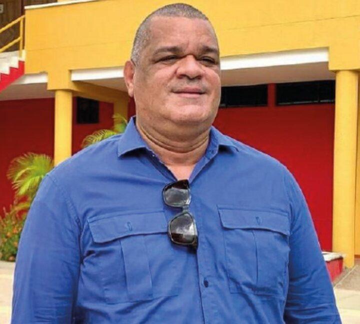 Contundente victoria de Carlos Robles en las urnas