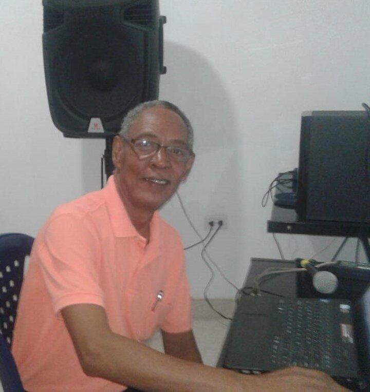 Luis Mora Domínguez: 42 años dedicados a la labor de informar